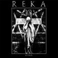 Von Reka wird hier auf der 12″ Vinyl-Veröffentlichung genau ein Song angeboten. Ein Song, welcher aber über 17 Minuten Spielzeit mitbringt. In diesem Song passiert so einiges und angesiedelt ist […]