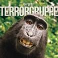 Die Terrorgruppe hat ein neues Video. Zu dem Song Immer Besser aus ihrem Tiergarten Album. Worum geht es diesmal? Ich zitiere einfach mal die Beschreibung unter dem Video: Immer Besser […]