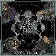 Die kleine Digipakveröffentlichung von Astral Path, einer Zwei Mann Band aus Kanada, eröffnet hier direkt mit einem zehnminütigen Song und auch im weiteren Verlauf der Scheibe gibt es wenige kurze […]